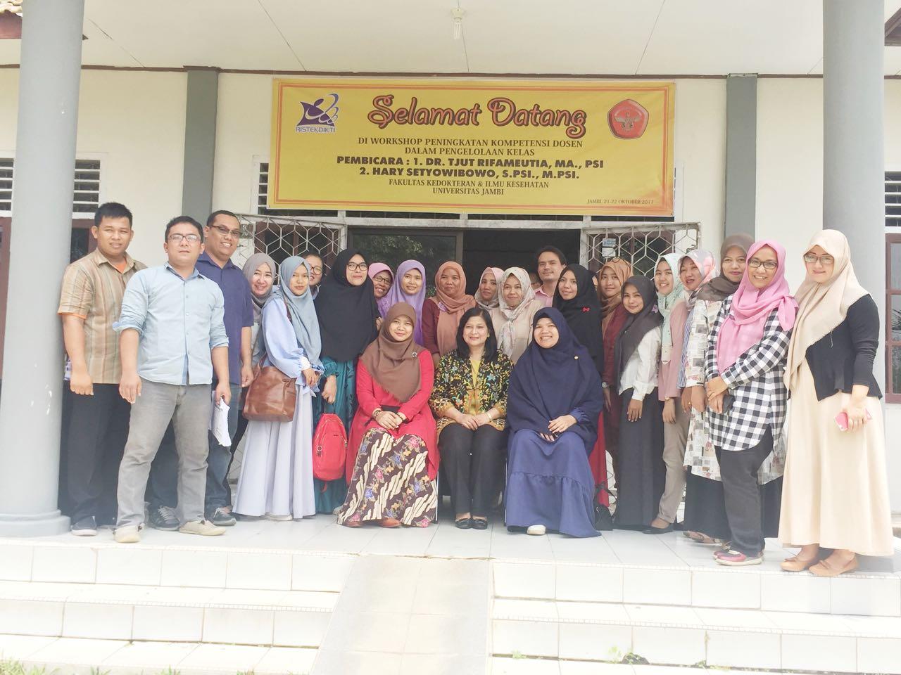 Workshop Peningkatan Kompetensi dosen psikologi